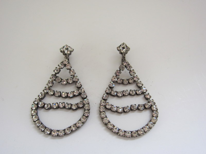 Gracious gems 1920s chandelier rhinestone earrings 1920s chandelier rhinestone earrings aloadofball Gallery