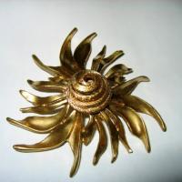 Hattie Carnegie Sun Swirled Brooch